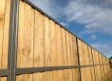 Kwikfynd Lap and Cap Timber Fencing aberdeennsw